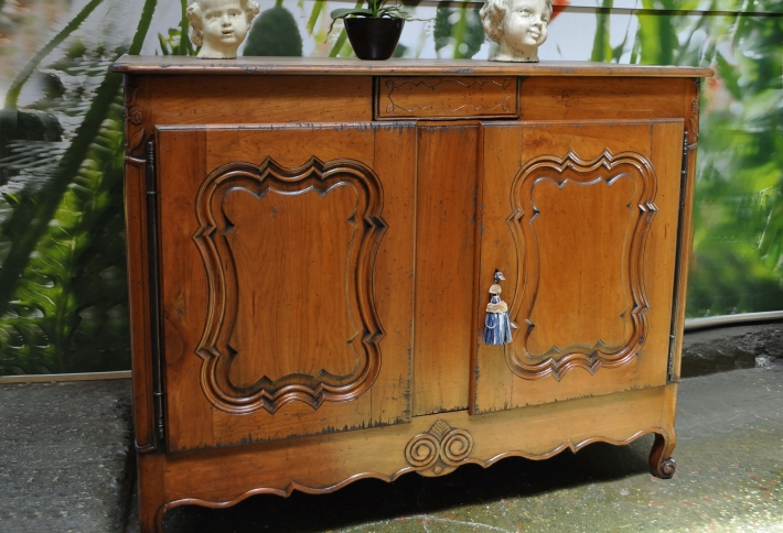 French Style Cabinet Sideboard
