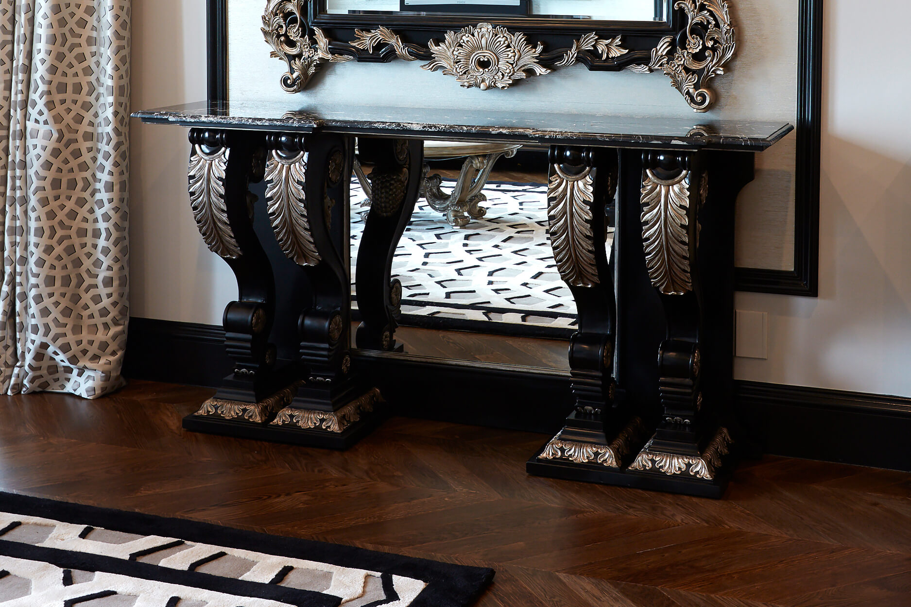 French style Grand Marble Top Console Table